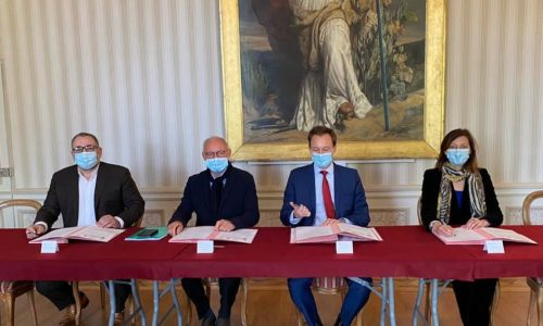 DÉVELOPPEMENT : notre Maire a officiellement signé la convention « Petites villes de demain » avec l'Etat