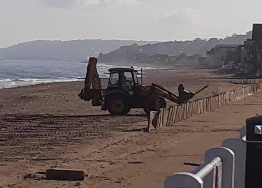 https://www.villers-sur-mer.fr/wp-content/uploads/2021/05/plage-858x615.jpg