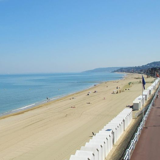 https://www.villers-sur-mer.fr/wp-content/uploads/2021/06/Fermeture-plage-baignade.jpg