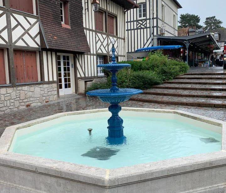 https://www.villers-sur-mer.fr/wp-content/uploads/2021/06/Fontaine-a-eau-720x615.jpg