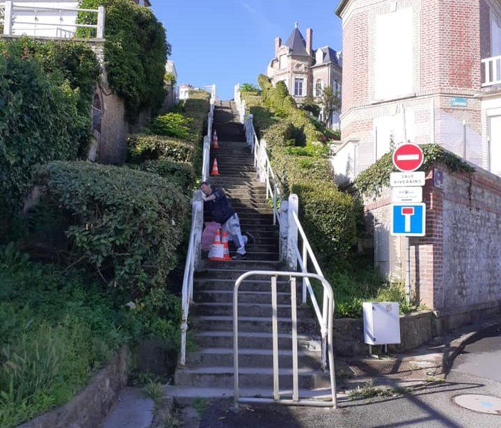 https://www.villers-sur-mer.fr/wp-content/uploads/2021/07/100-marches-720x615.jpg