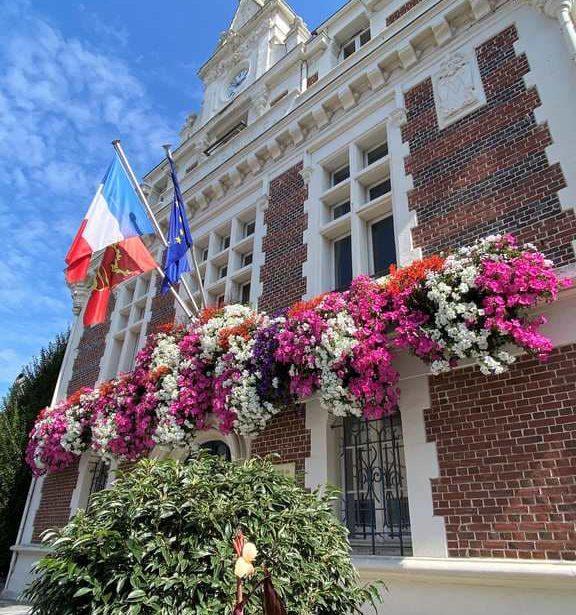 https://www.villers-sur-mer.fr/wp-content/uploads/2021/09/Villers-576x615.jpg